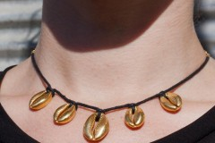 006_Necklace_Cowrie_Shells_cw