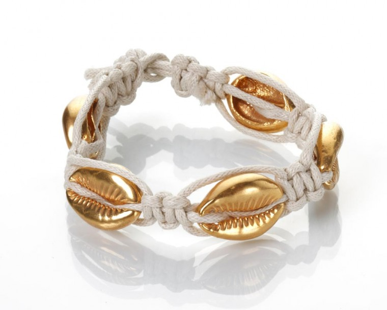Gold Seashells Bracelet – Thin, Off-white
